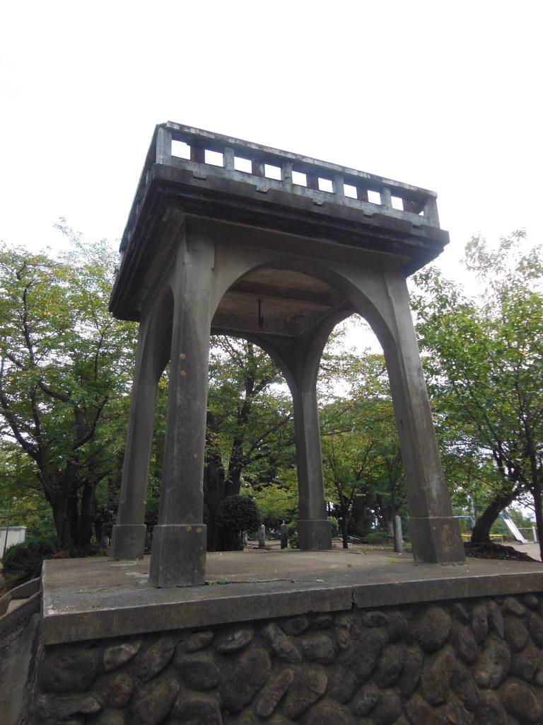 伊勢山公園の鐘台