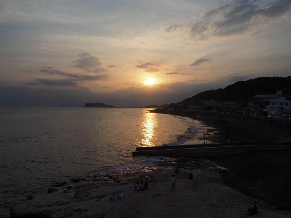 稲村ヶ崎から見る夕日