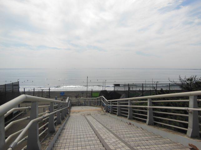 浜須加陸橋からみる相模湾
