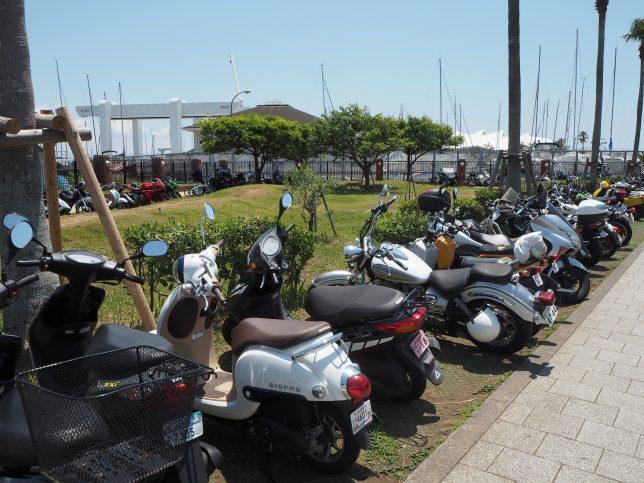 ツーリングで訪れる人も多い江の島